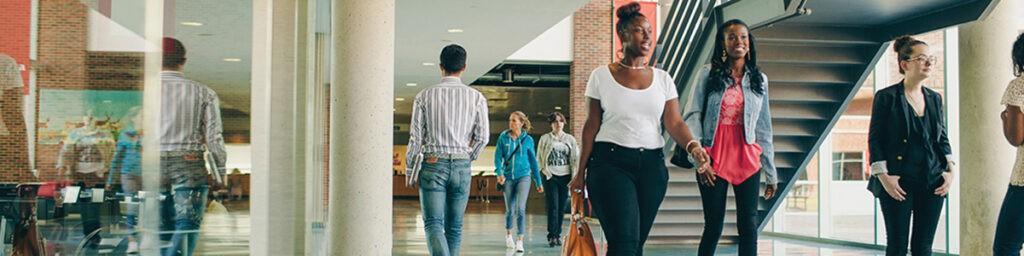 为什么选择加拿大学院 学院优势详解
